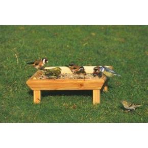 CJ square feeding table - ground